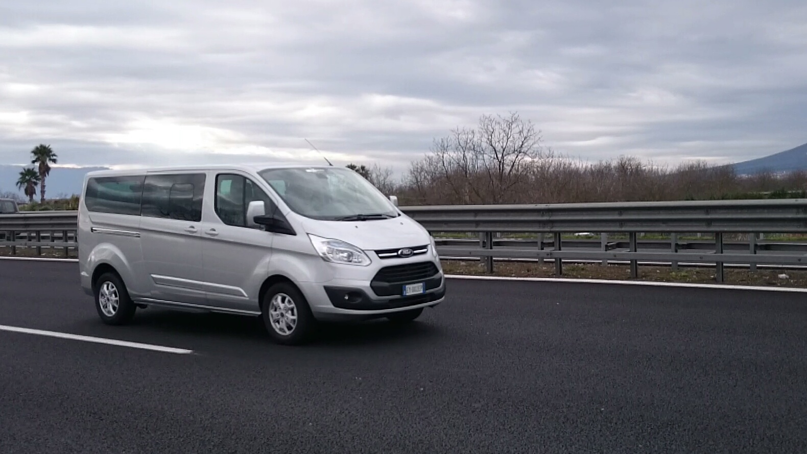 Ford_Tourneo_1_ok